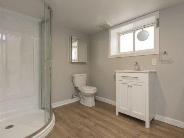 2-254 Collingwood St. - Bathroom 2