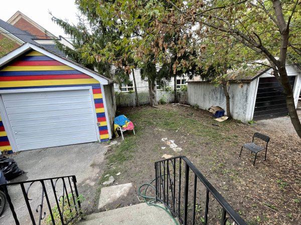 237 William Backyard
