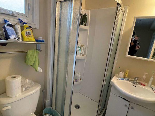 B-276 Victoria Bathroom 2